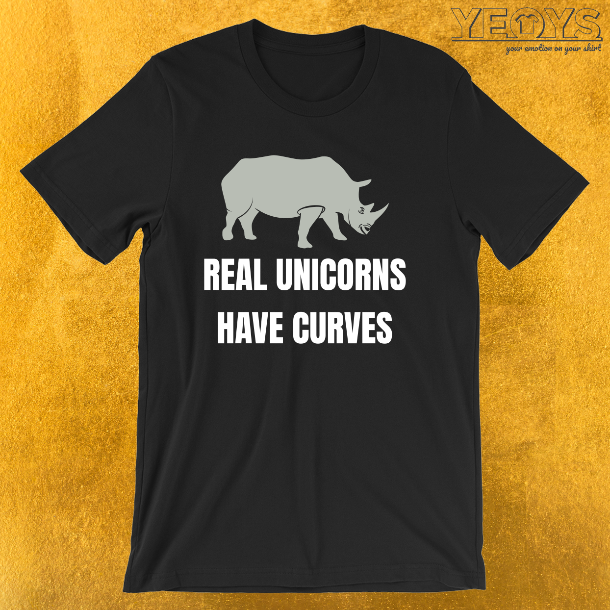 Funny Safari Animal – Real Unicorns Have Curves Tee